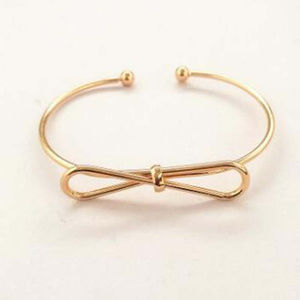 Jewelry - Vintage Style Golden Bow Bangle Bracelet